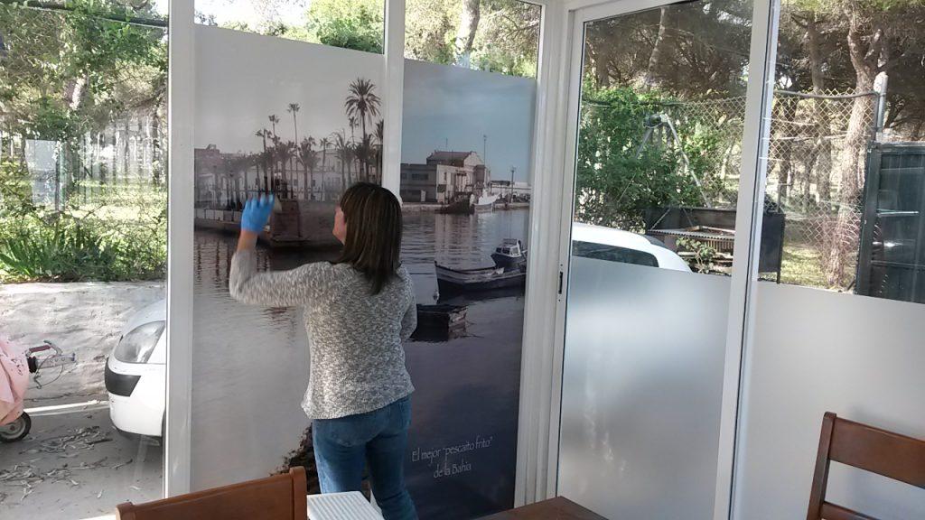 Vinilos fotográfico en cristales. Decoración en Cádiz