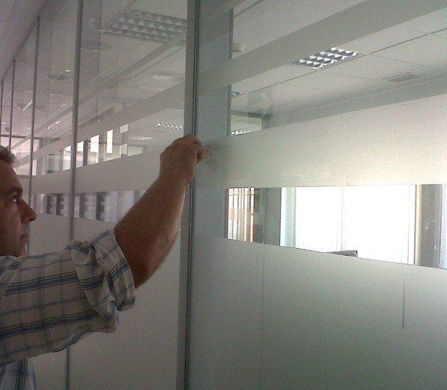 Vinilado de mamparas de oficinas
