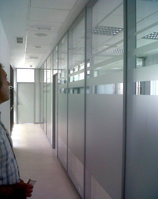 Vinilos al ácido en oficinas Cádiz